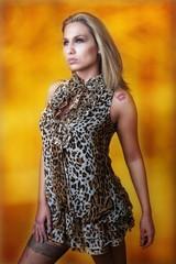Leoparden-Frau
