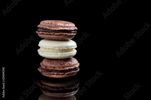 Vanilla and chocolate macarons