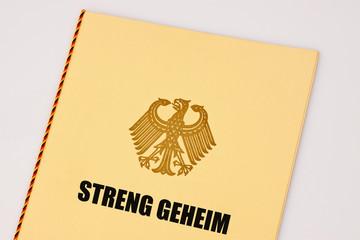 Streng geheime Unterlagen, Akten mit Bundesadler