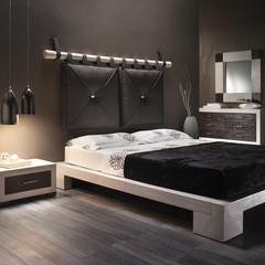 Camera legno e pelle