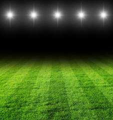 fussballfeld in der Nacht