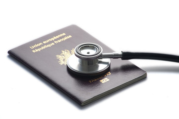 Stethoscope sur un passport