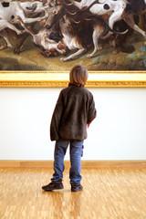 Enfant au Musée