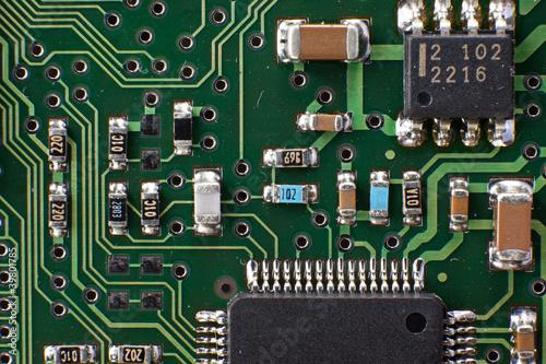 Microelectronic circiut