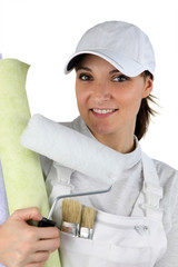 a female house painter