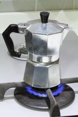 CAFFETTIERA SU FORNELLO