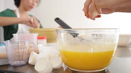 Cracking Eggs For Baking