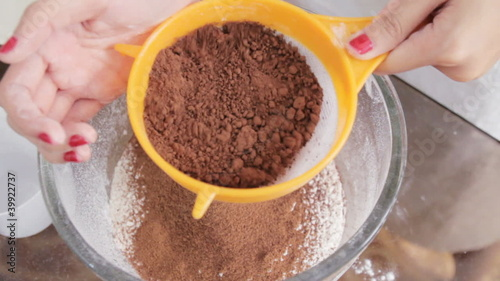 Sifting Chocolate Powder