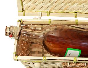 bouteille dans un panier