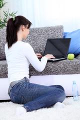 girl surfing on net