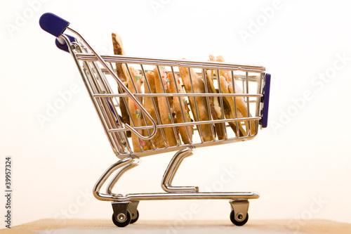 Kekse im Einkaufswagen