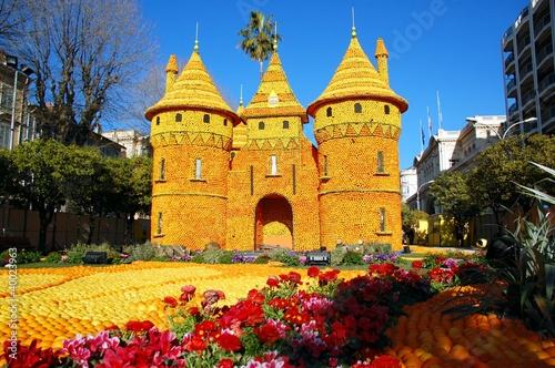 Leinwanddruck Bild Lemon Festival (Fete du Citron). Menton, France. Loire region