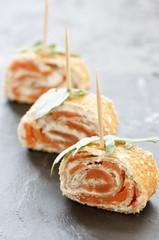 amuse bouche galette saumon tartare 1