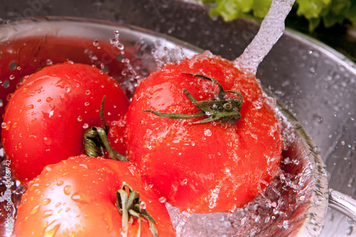 Splashing tomatoes