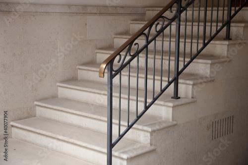 foto treppe im hauseingang. Black Bedroom Furniture Sets. Home Design Ideas
