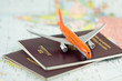 Leinwanddruck Bild - passeport, voyage par avion