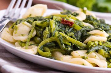 Orecchiette with turnip tops. Orecchiette con cime di rapa.