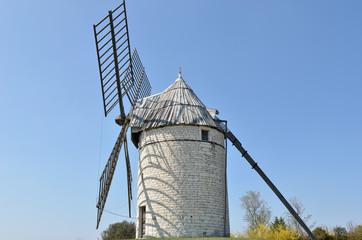 Moulin à vent lotois