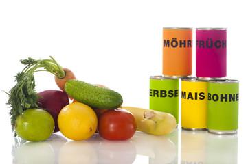 Frisches Gemüse contra Dosengemüse