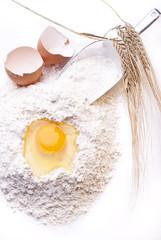 farina con uova e spighe
