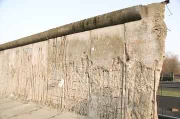 demolition line of berlin wall