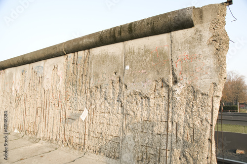 demolition line of berlin wall