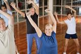 Fototapety Senioren tanzen zu Musik