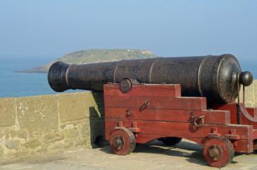 canon sur les remparts