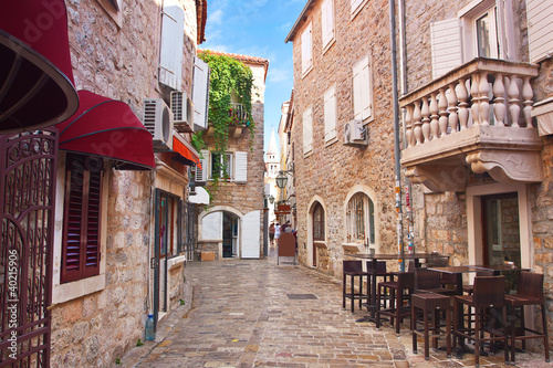 view narrow street in old district of Budva, Montenegro 40215906