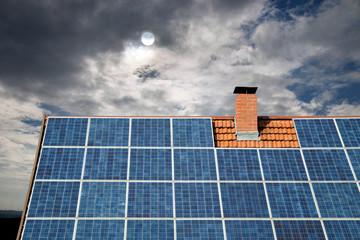 Schwarze Zeiten für Solarförderung