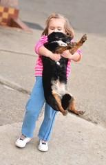 bébé avec chien