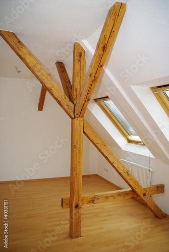 dachbalken von andrea arnold lizenzfreies foto 40281151 auf. Black Bedroom Furniture Sets. Home Design Ideas