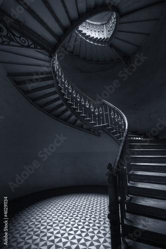 Obraz na płótnie Mroczne schody