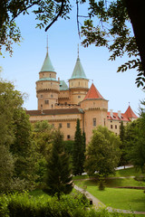 Bojnice Schloss in Slowakei hoch