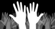 Manifestation - mains sur fond noir