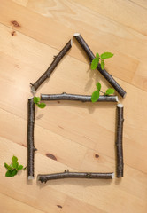 Ökologisch Bauen - Holzhaus auf Parkett