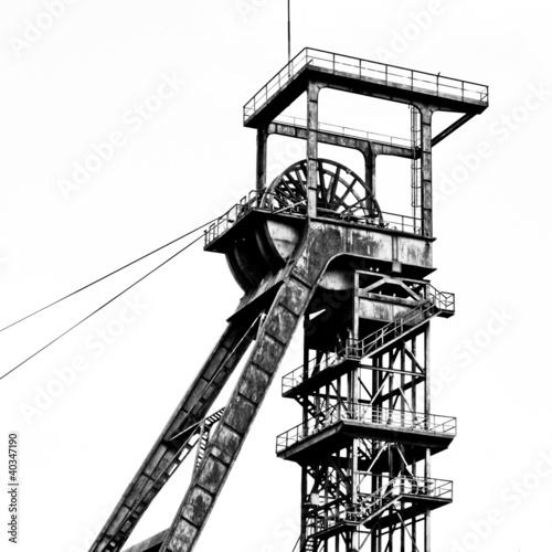 Fördergerüst schwarz-weiß - 40347190