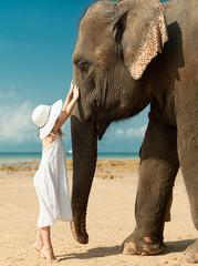 girl and elefant