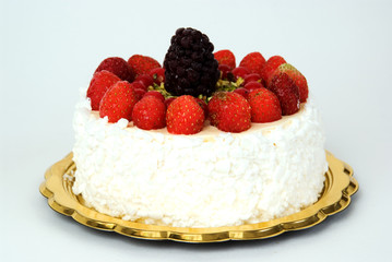Torta fragole e more