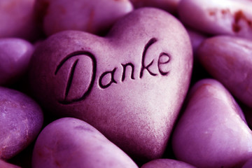 Herz mit der Inschrift Danke