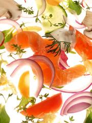 Frischer Lachs mit Salat