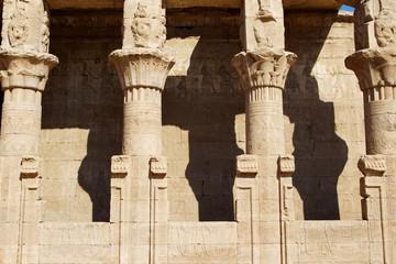 Säulen im Edfu Tempel