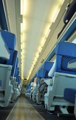 Interior de un tren de pasajeros