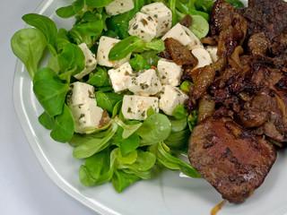 Geflügelleber mit Feldsalat