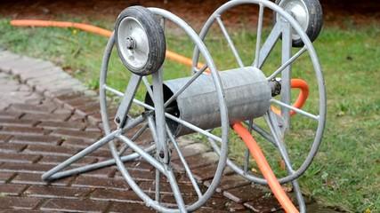 Wässerung mit Schlauchwagen