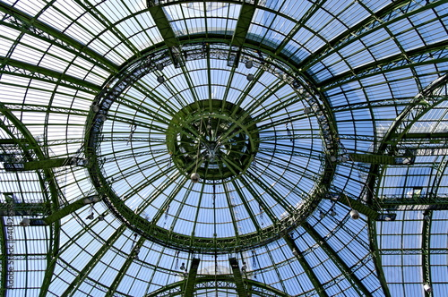 Coupole et verrière du Grand Palais, Paris, France.