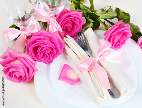 Arrangement for Romantic Dinner Close