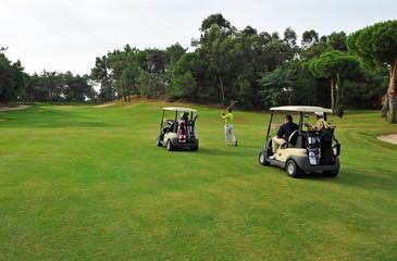 Jugadores en el campo de golf