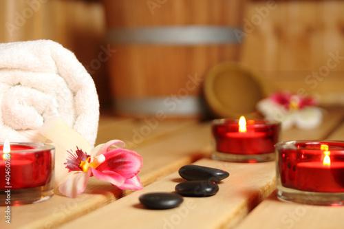 canvas print picture wohlfühl-sauna mit Kerzen