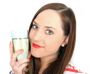 junge Frau hält Sektglas